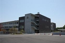 新校舎(北校舎)